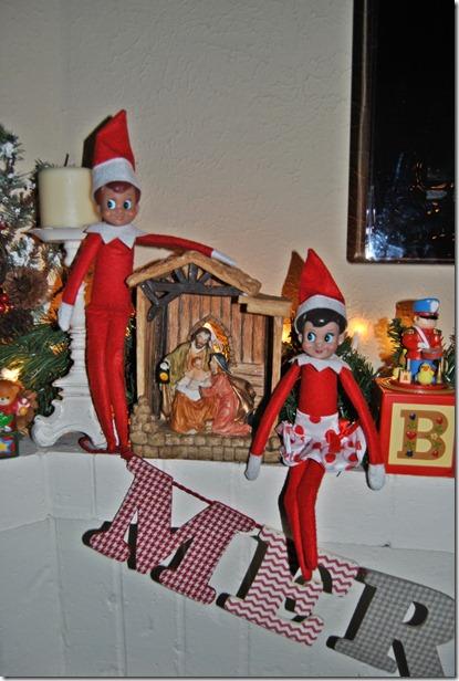 Elf on the Shelf Day 5-9 004