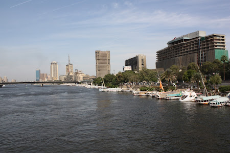 Imagini Egipt: Cairo vazut de pe malul Nilului