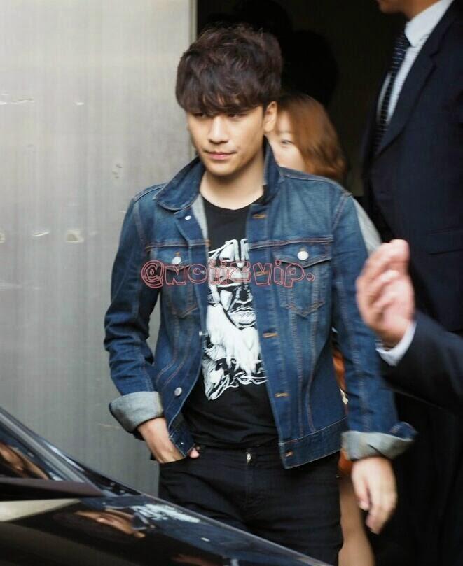 Seung Ri - BIGBANG Fan Meeting in Seoul - 18oct2014 - Fan - NoiizVip - 01.jpg