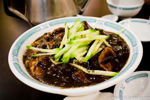 Dueling Soup Dumplings & San Tung 03.jpg