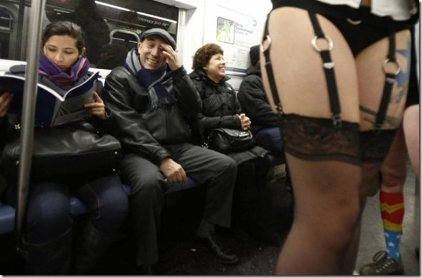 no-pants-subway-ride-21