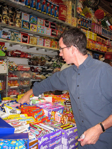 Selecting more candy...