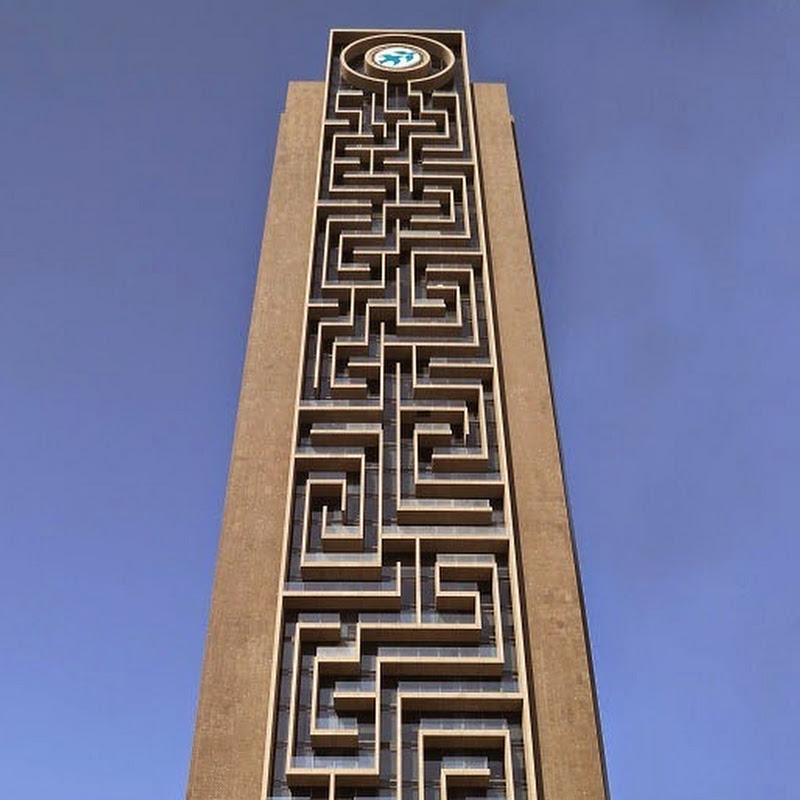 World's Largest Vertical Maze in Dubai