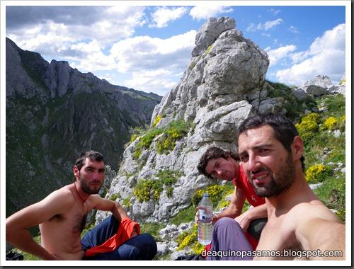 Arista Sanchez Sadia-Samper 300m 120m Rapel 6c¿ (V  A1 Oblig) (Peñe Robre, Andara) (Isra) 0495