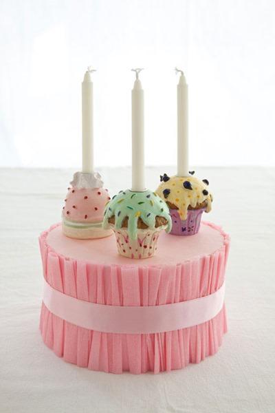 ruffled-cake-stand-1