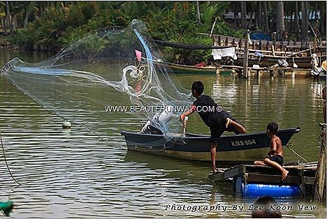 Kelantan  Home stays - Kampung Renok Baru,  Kampung Pantai Suri,Kampung Blok Ulu Kusial Fishing, swimming, relaing seaside, live like local, Kelantanese villager , paddy rice husking, monkey coconut, rustic living lifestyle