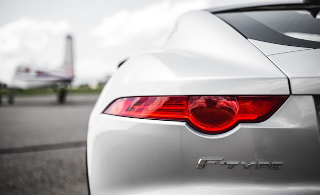 XE JAGUAR F TYPE COUPE 2017 017
