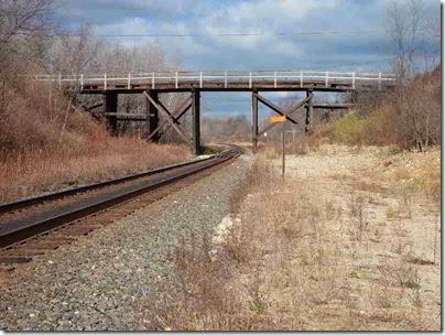 036 Cedar Lake - Overpass
