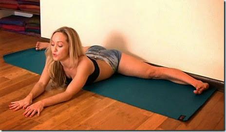 kino-macgregor-yoga-046
