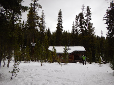 maiden peak shelter.JPG