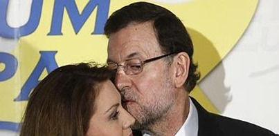 Rajoy besa a Cospedal