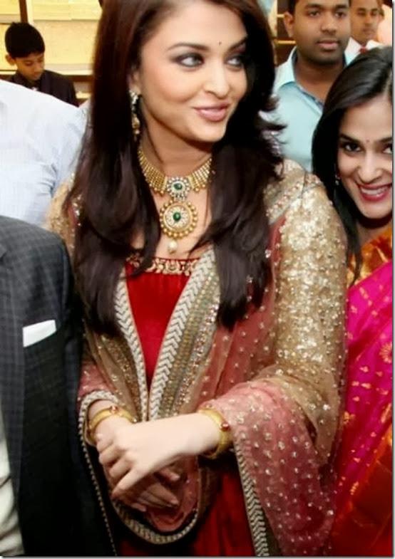 Aishwarya_Rai_Jewellery (2)