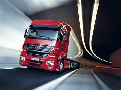 Mercedes-Benz_Axor_Truck