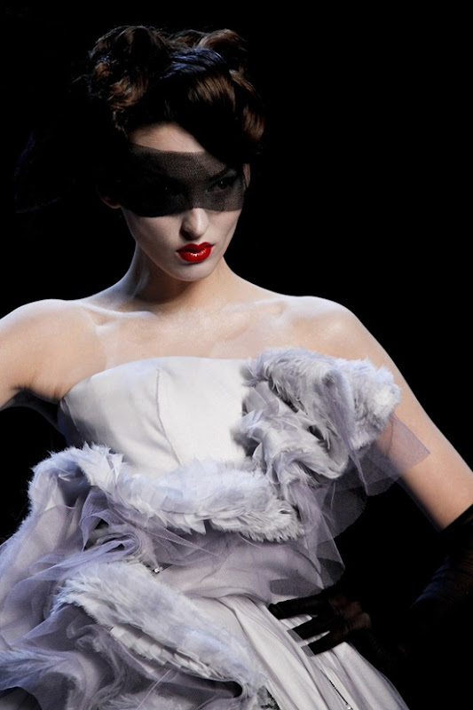 christian-dior-couture-spring-2011-3