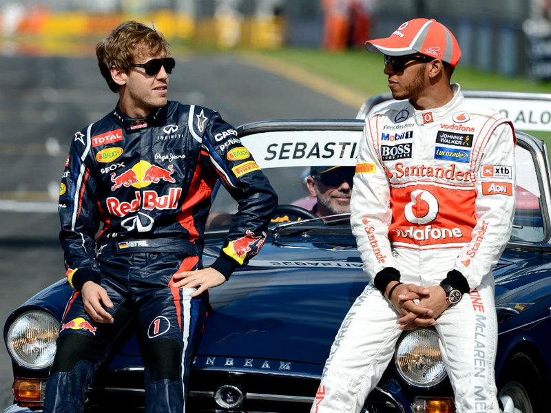 Sebastian-Vettel-Lewis-Hamilton-Aus-GP-race-d_2735566.jpg