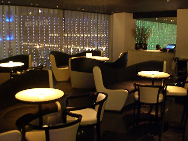 Armani ristorante 5th avenue for Armani new york