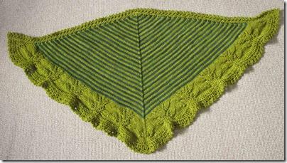Andreas-shawl,-liggende