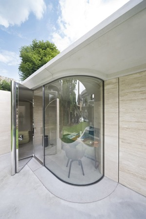 muro cristal Casa IV de arquitectos De Bever