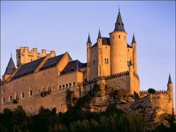 600-Alcazar_Castle,_Segovia,_Spain