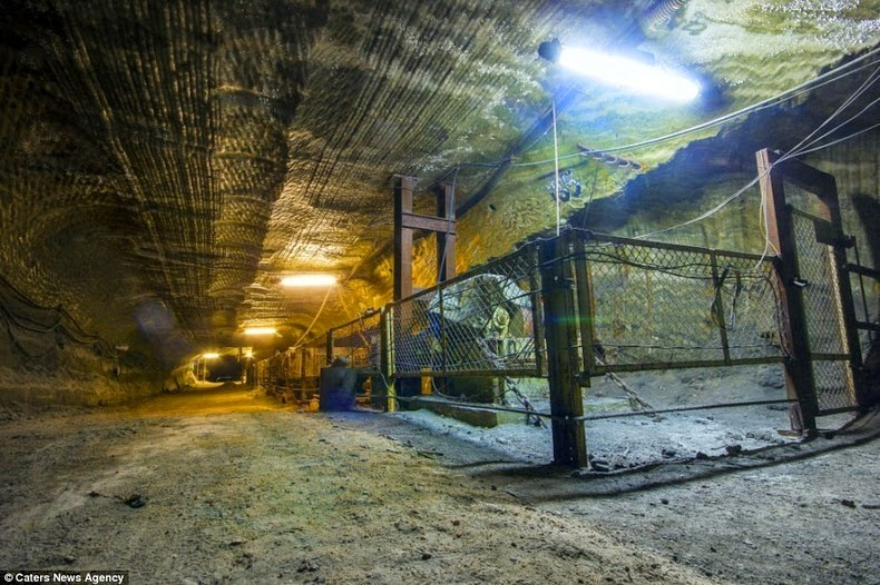 yekaterinburg-salt-mine-3