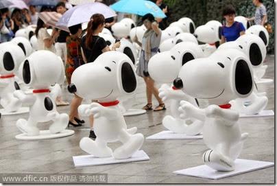 Snoopy Shanghai IAPM 01 (via Chinadaily)