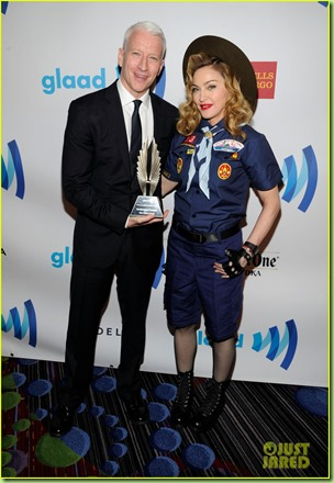 madonna-boy-scout-costume-at-glaad-media-awards-2013-05