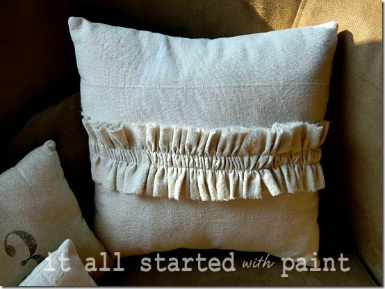 drop cloth ruffled pillow final 5