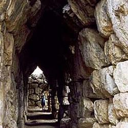 10.- Falsa bóveda de Murallas de Tirinto