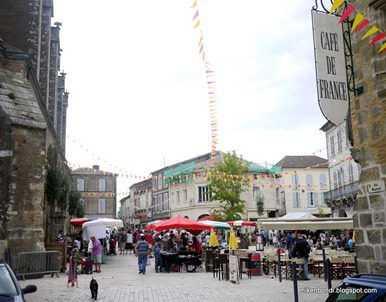 Éauze town centre