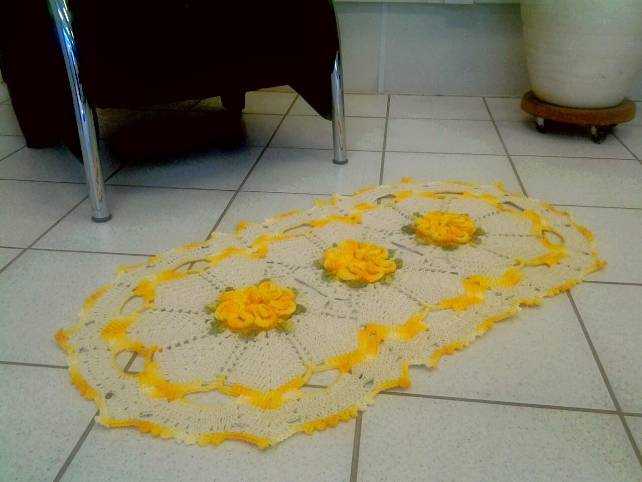 Seta Crochê: Tapete camélia amarelo  #B58E16 1280 960
