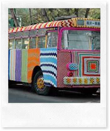 knitting-city-bus