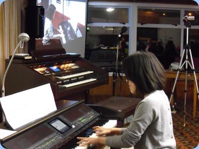 Member, Kuniko Nakatani, played some straight piano arrangements, jazz style, on our Yamaha Clavinova CVP-509