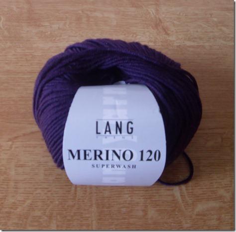 2012_11 Merino in dunkellila