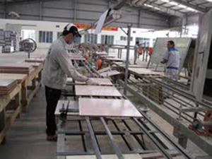 Sản xuất gạch ốp lát CMC