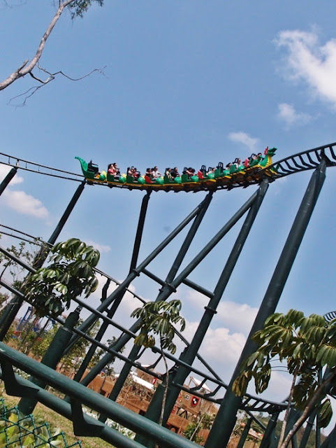legoland-Dragon Roller Coaster ride.jpg