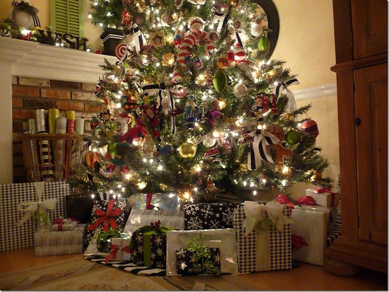 Christmas tree 2011 004