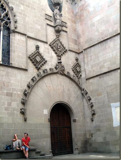 Odd Dihedral Arch