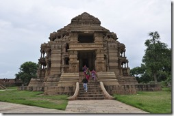 gwalior 062 temple sasbahu
