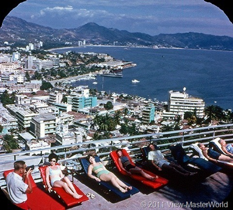 View-Master Acapulco (B003), Scene 1: From the Hotel del Monte