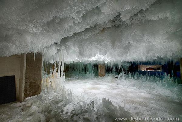 predio-congelado-gelo-caverna-degelo-armazem-desbaratinando (7)