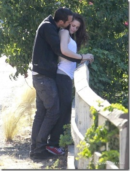 Kristen Stewart traiu Robert Pattinson fotos