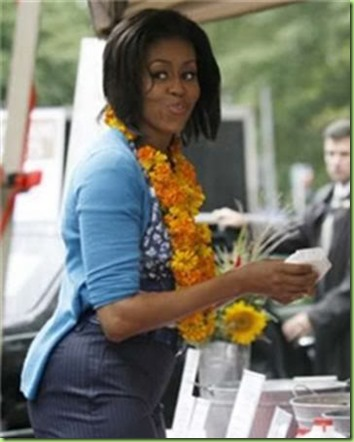 michelle-obama-fashion4-luau
