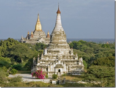 nigel-pavitt-ancient-buddhist-temples-of-central-plain-at-bagan-myanmar-burma