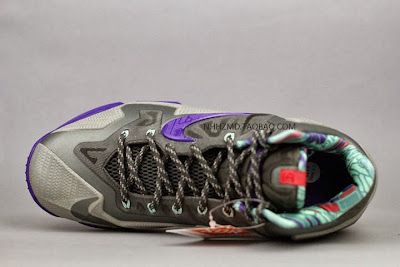 nike lebron 11 gr terracotta warrior 7 10 Nike LeBron XI (11) Terracotta Warrior Available on eBay