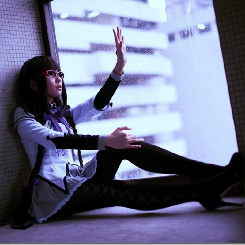 Puella Magi Madoka Magica: Homura Akemi Photoshoot