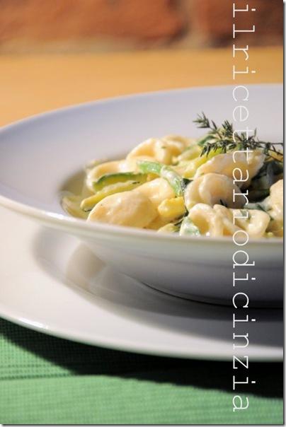 Orecchiette Philadelpia light, zucchine e timo