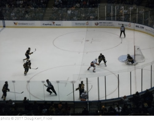 'Buffalo Sabres vs. New York Islanders - January 23, 2011' photo (c) 2011, Doug Kerr - license: http://creativecommons.org/licenses/by-sa/2.0/