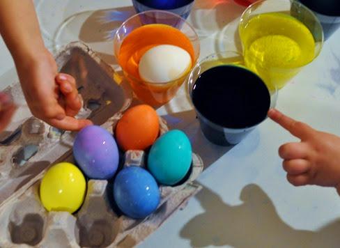 2014-04-19 egg dyeing (83)