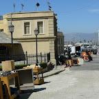 Une zone en préparation pour un tournage. Ils ont un quartier appelé Little Europa, car en changeant les panneaux et la déco, ils peuvent faire passer le décor pour n'importe quelle capitale européenne. Bluffant. Pour les public américain.