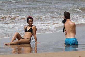Ник Вуйчич на Гавайях со своей женой
